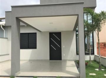 Casa · 105m² · 3 Quartos · 2 Vagas