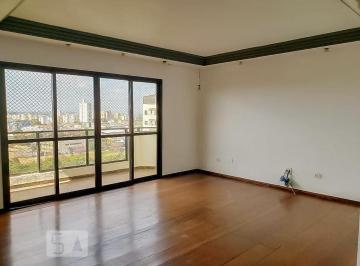 Apartamento · 435m² · 4 Quartos