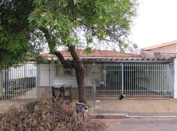 Casa · 240m² · 3 Quartos · 3 Vagas