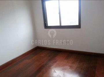 Apartamento · 136m² · 4 Quartos · 3 Vagas