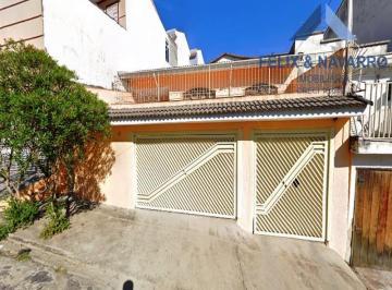 Casa · 205m² · 3 Quartos · 4 Vagas