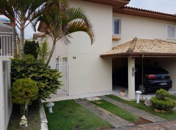 Casa · 123m² · 3 Quartos · 2 Vagas