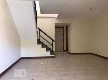Apartamento · 215m² · 3 Quartos · 3 Vagas