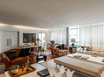 Apartamento · 476m² · 4 Quartos · 3 Vagas