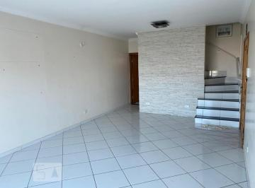 Casa · 241m² · 3 Quartos