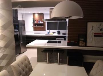 Apartamento · 107m² · 3 Quartos · 2 Vagas