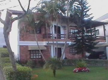 Casa · 278m² · 3 Quartos · 3 Vagas