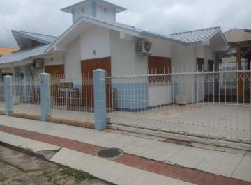 Casa · 149m² · 4 Quartos · 2 Vagas