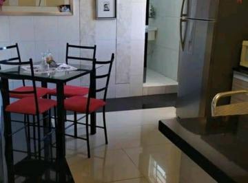 Apartamento · 42m² · 3 Quartos