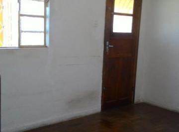 Casa · 145m² · 3 Quartos · 6 Vagas