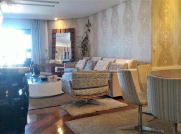 Apartamento · 208m² · 4 Quartos · 6 Vagas