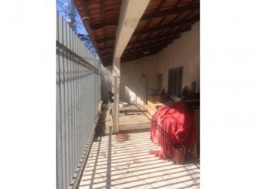 Casa · 350m² · 4 Quartos · 2 Vagas