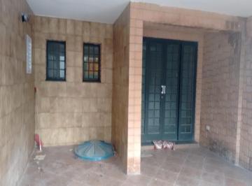 Casa · 2 Quartos · 2 Vagas