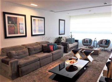 Apartamento · 150m² · 3 Quartos · 5 Vagas