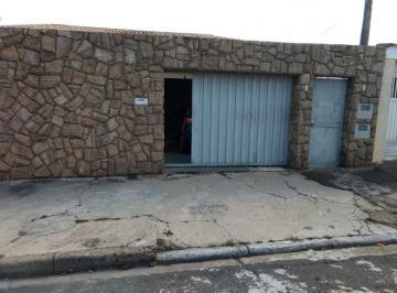 Casa · 400m² · 3 Quartos · 2 Vagas