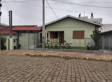 Casa · 232m² · 6 Quartos · 2 Vagas