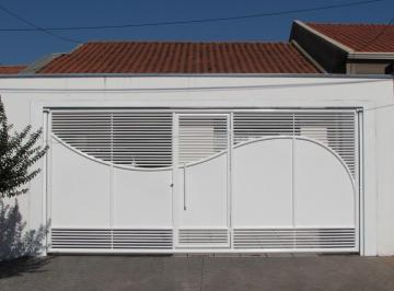 Casa · 134m² · 2 Quartos · 2 Vagas