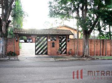 Casa · 1800m² · 3 Quartos · 4 Vagas