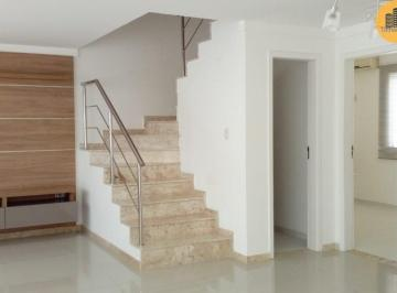 Casa · 190m² · 4 Quartos · 2 Vagas
