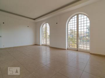 Casa · 320m² · 3 Quartos · 10 Vagas