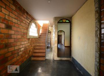 Casa · 150m² · 4 Quartos · 2 Vagas