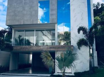 Casa · 440m² · 4 Quartos · 4 Vagas