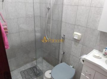 Casa · 117m² · 3 Quartos · 2 Vagas