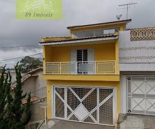 Casa · 215m² · 2 Quartos · 1 Vaga