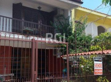 Casa · 200m² · 4 Quartos