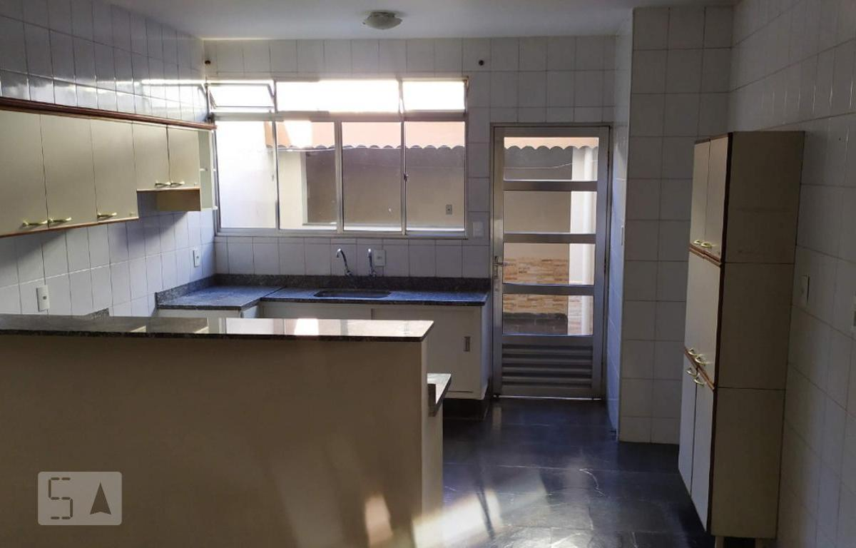 Casa para Aluguel - Vila Arens, 2 Quartos,  128 m²