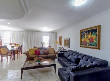 Apartamento · 176m² · 3 Quartos · 2 Vagas