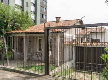 Casa · 173m² · 2 Quartos · 5 Vagas