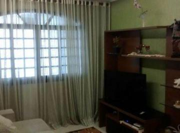 Casa · 255m² · 3 Quartos · 2 Vagas