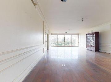 Apartamento · 517m² · 6 Quartos · 2 Vagas