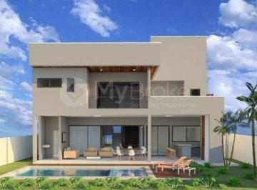 Casa · 376m² · 5 Quartos · 4 Vagas