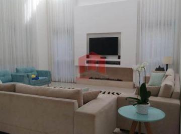Casa · 450m² · 4 Quartos · 6 Vagas