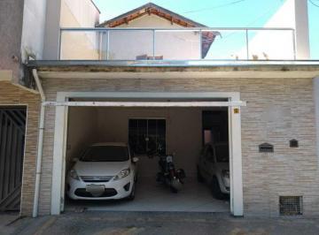 Casa · 134m² · 3 Quartos · 3 Vagas