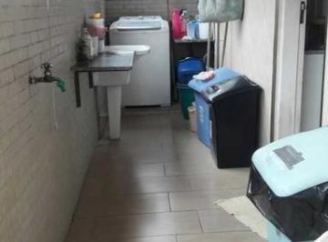 Casa · 177m² · 4 Quartos · 2 Vagas