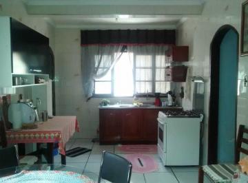 Casa · 192m² · 3 Quartos · 2 Vagas