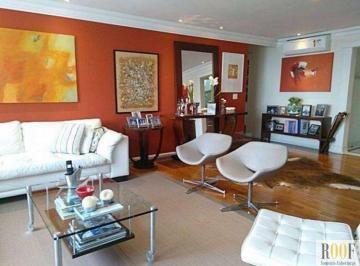 Apartamento · 288m² · 4 Quartos · 3 Vagas