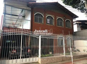 Casa · 270m² · 3 Quartos