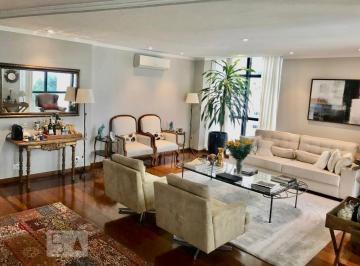 Apartamento · 270m² · 3 Quartos · 3 Vagas