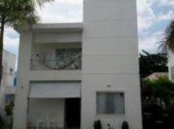 Casa · 130m² · 3 Quartos · 1 Vaga