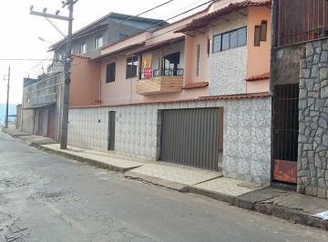 Casa · 168m² · 3 Quartos · 2 Vagas