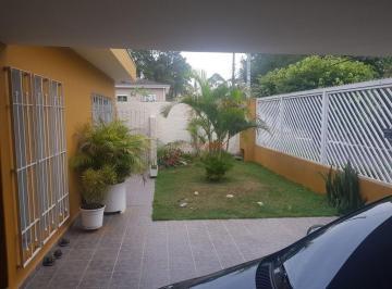 Casa · 574m² · 5 Quartos · 6 Vagas