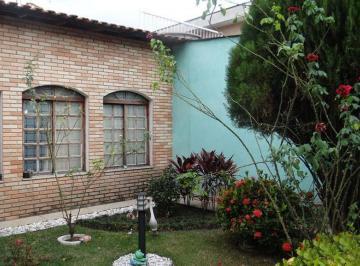 Casa · 480m² · 3 Quartos · 8 Vagas