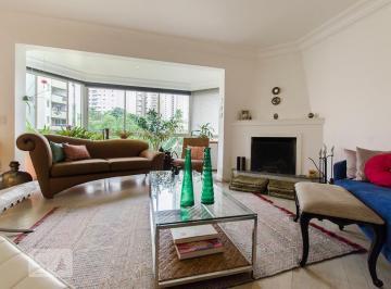 Apartamento · 138m² · 3 Quartos · 3 Vagas