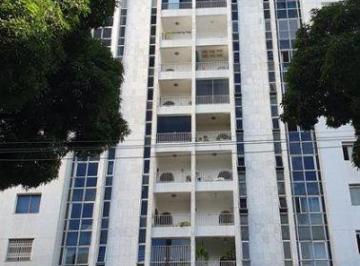 Apartamento · 136m² · 3 Quartos · 2 Vagas
