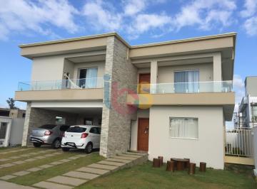 Casa · 325m² · 4 Quartos · 2 Vagas