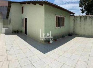 Casa · 65m² · 2 Quartos · 4 Vagas